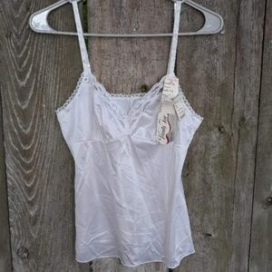Vanity Fair size 34 night shirt NWT Vintage